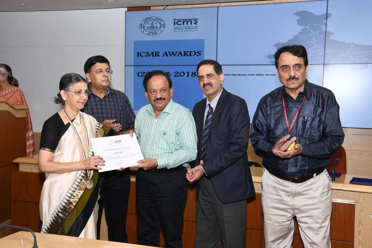 The ICMR Dr. Subhas Mukherjee Award 2017  conferred to Dr Smita Mahale, Director, ICMR- NIRRH